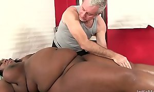 Big bellied black catholic Daphne Daniels acquires a making love rub-down
