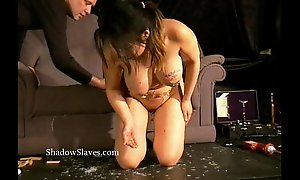 Asian s&m gameshow of breasty slavegirl tigerr juggs drawing XXX wax and chastising